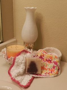 Washcloth/ specialtysoap/gift basket set Pink Varigated/White