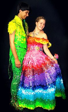 Duct Tape Prom Dresses! Hahahaha!!! I just died...