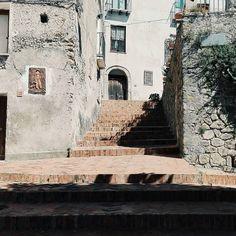 Old ladder. #unangeloinviaggio  Edit with @vscoG3  #italy #italia #calabria #belvederemarittimo #volgocalabria #volgocosenza #likes_cosenza #amazing #awesome #bestoftheday #beautiful #photo #photooftheday #photography #vsco #vscocam #landscape #landscapephotography #landacape_lovers #landscape_captures #followme #seguitemi #sud #ladder