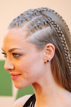 Les tendances coiffure de l'automne-hiver - Weddings: Dresses, Engagement Rings, and Ideas Track Hairstyles, Braided Hairstyles, Cool Hairstyles, Love Hair, Braid Styles, Hair Dos, Veronica, Hair Trends, Curly Hair Styles