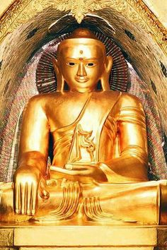 Nine Wonders of Shwedagon Pagoda: 2. Weitzer Zawgyi Pagoda is located in the South-West corner of the main Shwedagon stupa. The pagoda is decorated with figures of wizards and necromencers. Worshipers believe that it was built with supernatural powers. #WeitzerZawgyi #ShwedagonPagoda #NineWonders #Yangon #Wizards