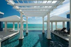 Klarstes Wasser in Meer und Pool - Villa für bis zu 10 Personen auf Providenciales in der Karibik. Objekt-Nr. 444861vb