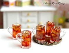 escala de 1:12 casa de muñecas miniatura Cola Coke Pepsi Soda, bebidas frías de hielo, Mini Minis pequeño, vidrio, taza, Blythe, Azone, Lati, puki, bjd, yosd muñeca