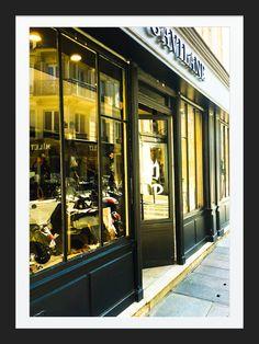 Boutique Gavilane Paris - 14 rue Malher 75004 - Galerie d'antiquités religieuses - Bijoux Couture - Vintage - #gavilane