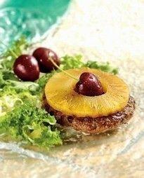Jouw Gezonde Recepten   Hamburgers van rundvlees met ananas, uien en guacamole.