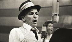 Exposición rinde homenaje a la leyenda de Frank Sinatra que cumple cien años | Radio Panamericana