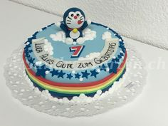 Mmmh lecker..... Doraemon freut sich mit am Luca zum Geburtstag fiira. Happy Birthday