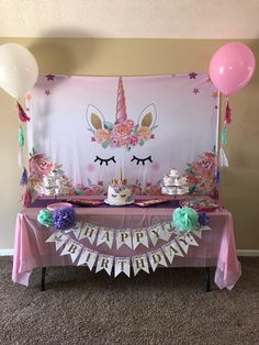 This item for sale is just the Happy Birthday banner. It does not come with pom poms. This banner is made with printed card stock and golden metallic/shiny letters to help make your daughter's party sparkle! Processing time is 3-5 days.