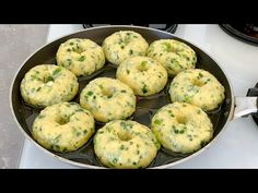 Naan, Breakfast Items, Clay Crafts, Relleno, Muffin, Cooking Recipes, Bread, Snacks, Ethnic Recipes