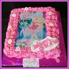 Torta barbie pinksugar #pinksugar #cupcakes  #homemade  #casero  #barranquilla #pasteleria #reposteriacreativa #tortas #fondant #reposteriabarranquilla #happybirthday  #cake #baking  #galletas #cookies  #pinksugar #wedding #buttercream #vainilla #minion #oreo #passionfruit #cupcakesbarranquilla #brownie #brownies #chocolate #teamo #amoryamistad #amor #barbie #barbiecake
