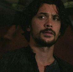 a beautiful man. a beautiful man. Bellarke Fanfiction, Bob Morely, The 100 Serie, Bellamy The 100, Goodbye For Now, The 100 Cast, Ideal Man, Sun And Stars, Clexa