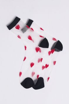 Very Goods | Sheer Heart Ankle Socks Red - THE WHITEPEPPER