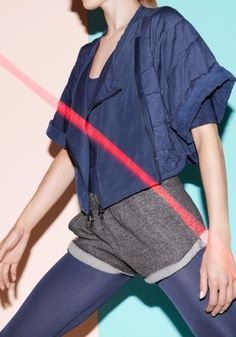 If nothing else, let your sportswear motivate you! Adidas by Stella McCartney SS Sport Style, Sport Chic, Sport Casual, Stella Mccartney Adidas, Sporty Girls, Sporty Outfits, Sport Fashion, Fitness Fashion, Look Athleisure