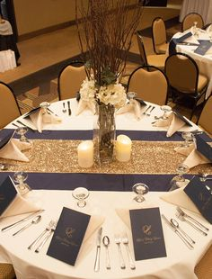 I like the two toned table runners. The centerpiece is too tall. Blue Party Decorations, Wedding Reception Table Decorations, Reception Ideas, Wedding Reception Centerpieces, Wedding Table Numbers, Wedding Table Settings, Flower Decorations, Wedding Table Setup, Silver Tablecloth