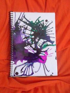 Libreta pintada a mano. PLastificada, 76 hojas lisas. $370 Facebook:https://www.facebook.com/AdiosBarola?ref=hl