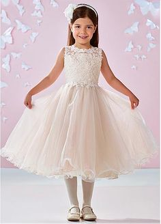 Sweet Tulle Jewel Neckline Ball Gown Flower Girl Dresses With Lace Appliques