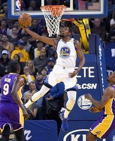 Blog Esportivo do Suíço:  Warriors se vingam dos Lakers e cravam nona vitória consecutiva