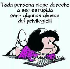 Mafalda Quotes, H Comic, Grammar Book, Smart Quotes, Funny Thoughts, Spanish Quotes, Good Advice, Motivation, Mafia