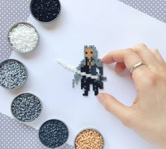 Sephiroth, in tiny pixels. Have a beautiful day, people! ❤ I can't talk to each and every one of you personally, but please know that I am infinitely grateful for your support! Inspired by Johan Vinet. #soldier #sephiroth #finalfantasyvii #ff7 #finalfantasy #pixelart #onewingedangel #gamerart #villian