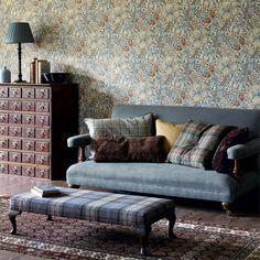 Morris & Co. Wallpaper - Golden Lily 210401 Slate/manilla