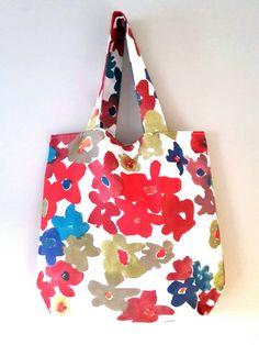 Shoppingbag door LooneyBeadz op Etsy https://www.etsy.com/nl/listing/235597965/shoppingbag