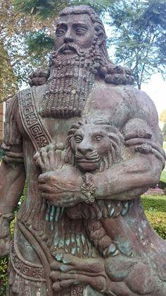 Gilgamesh Statue (Gwil5083/CC BY-SA 4.0)