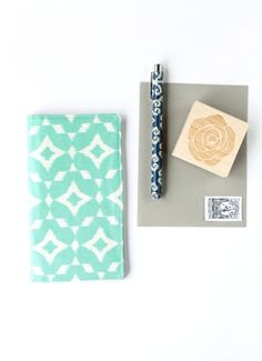 Checkbook Cover Mint Ikat