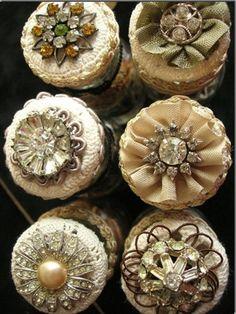 Inspirações: Botões vintage, final do século XIX e começo do século XX.