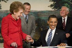 Nancy Reagan: Barack Obama, Michelle Obama pay tribute to former first lady Nancy Reagan, Ronald Reagan, Bush Family, Barack And Michelle, Abc News, Barack Obama, Presidents, History, Couple Photos