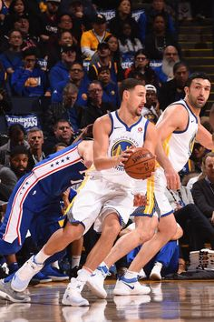 Klay Thompson of the Golden State Warriors handles the ball against the Philadelphia 76ers on November 11 2017 at ORACLE Arena in Oakland California...