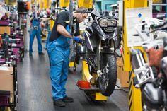 Retração do PIB em 2015 passa de 3,05% para 3,10%, diz Focus (foto: EPA)