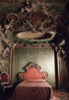 Abandoned...Bedroom from the Sagredo Palace, ca. 1718. Italian, Venice, photo via The Metropolitan Museum of Art. https://musetouch.org/?cat=11