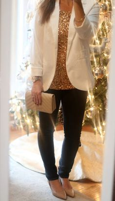 Holiday Casual outfit with sequin glitter top, winter white blazer, Stitch Fix Just Black skinny jeans, Stitch Fix Franco Sarto pumps, BCBG clutch. Perfect Christmas party outfit or new years eve outfit.