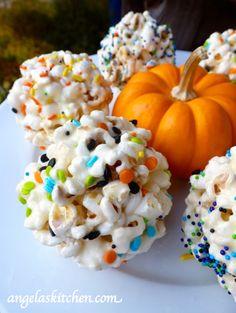 Secret Recipe Club – Marshmallow Popcorn Balls