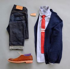 Mart Hartman (@runnineverlong) pulling together an OOTD featuring a knit tie, novelty tie bar and our Ripon Stripe socks, $8 at www.TheTieBar.com