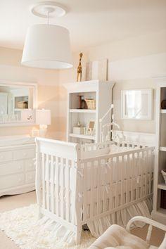 New baby nursery layout striped walls 34 Ideas Nursery Layout, Nursery Room, Girl Nursery, Girl Room, Baby Nursery Neutral, White Nursery, Nursery Inspiration, Nursery Ideas, Room Ideas