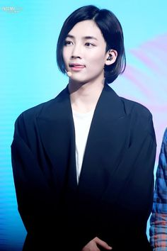 i always forgot that Jeonghanie is a boy bcs LOOK AT THAT oh godd