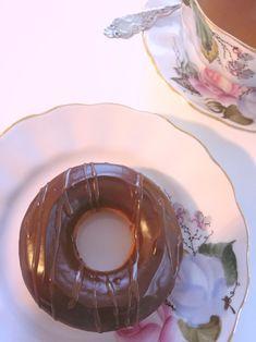 Helpot & herkulliset donitsit – gluteeniton – Noora L – Arki herkässä kehossa Delicious Donuts, Doughnuts, Gluten Free, Baking, Ethnic Recipes, Foods, Easy, Glutenfree, Food Food