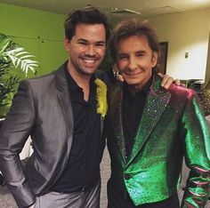 Andrew Rammellas and Barry Manilow. Andrew Rannells, Barry Manilow, Sari, Famous People, Las Vegas, Friends, Fashion, Saree, Amigos