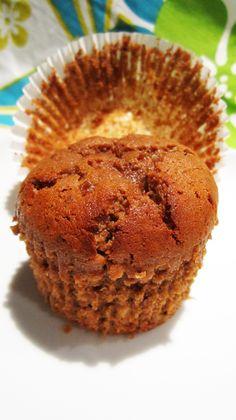 Muffins de banana de chocolate con garbanzo Harina - húmedo, llenos de proteínas y lo mejor de todo: vegano y sin gluten!