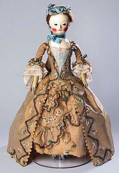 """* Les poupées mannequins au XVIIIème siècle étaient surnommées """"Pandores"""". Elles avaient pour mission de diffuser la mode parisienne dans les cours européennes"""