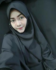 hijaber hunny #hijaberkekinian Muslim Fashion, Hijab Fashion, Hijab Tutorial, Hijab Outfit, Outfits, Style, Swag, Suits, Hijabs