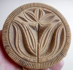 "Hand carved Butter Print with a stylized Tulip motif. Wonderful original dry scrubbed surface and no damage or repairs. Nice early example.  3 1/2"" in diameter and 2 3/4"" tall.  Sold 5/21/15 on ebay for $275 by mtdrum13."