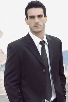 Flynn?  Combo him and the other guy...Josh Kloss, top male model and actor