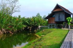 One of the beautiful traditional villas at Terrapuri Heritage Village, Kampung Mangkuk, Penarik. - Photo from Tourism Malaysia