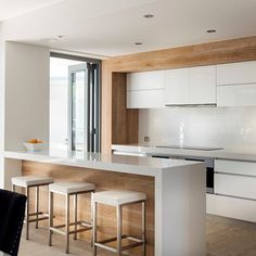 Kitchen Island Bench Design Ideas, Pictures, Remodel and Decor Kitchen Island Bench Designs, Kitchen Benches, Style At Home, Küchen Design, House Design, Design Ideas, Timber Kitchen, Kitchen White, Appartement Design