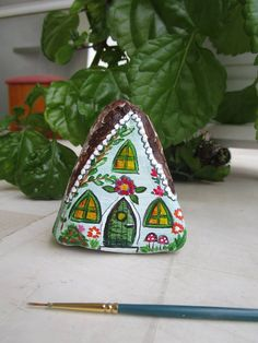 painted by Danijela Milosevic Pebble Painting, Pebble Art, Stone Painting, House Painting, Diy Painting, Rock Painting Patterns, Rock Painting Designs, Paint Designs, Stone Crafts