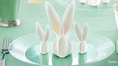 How to fold Bunny napkins for your Easter table.