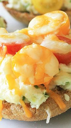 Egg and Tomato Breakfast Melts