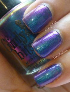 Girly Bits -Wave the Sails nail polish